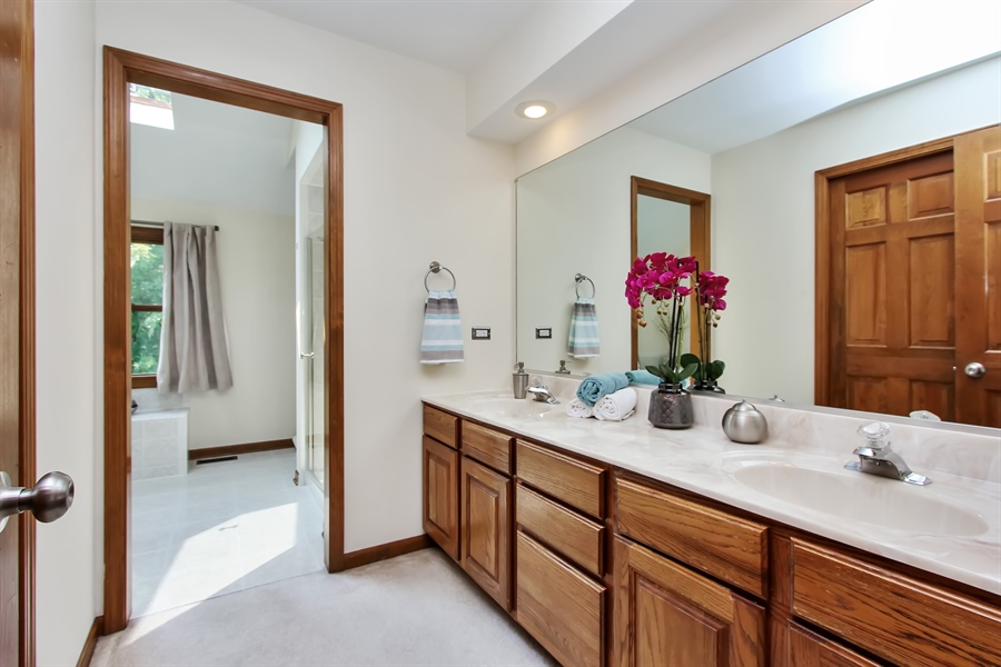 Real Estate Photography - 3541 Lakeview Drive, Algonquin, IL, 60102 - Master Bathroom