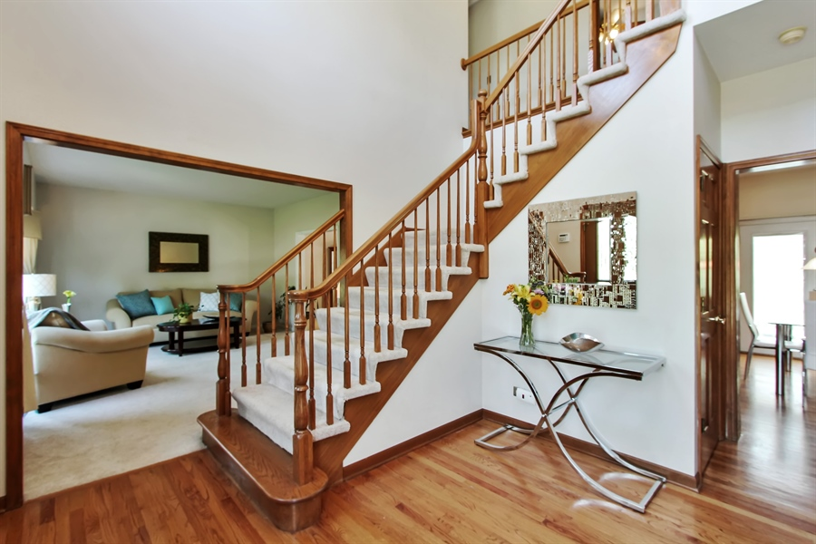 Real Estate Photography - 3541 Lakeview Drive, Algonquin, IL, 60102 - Foyer