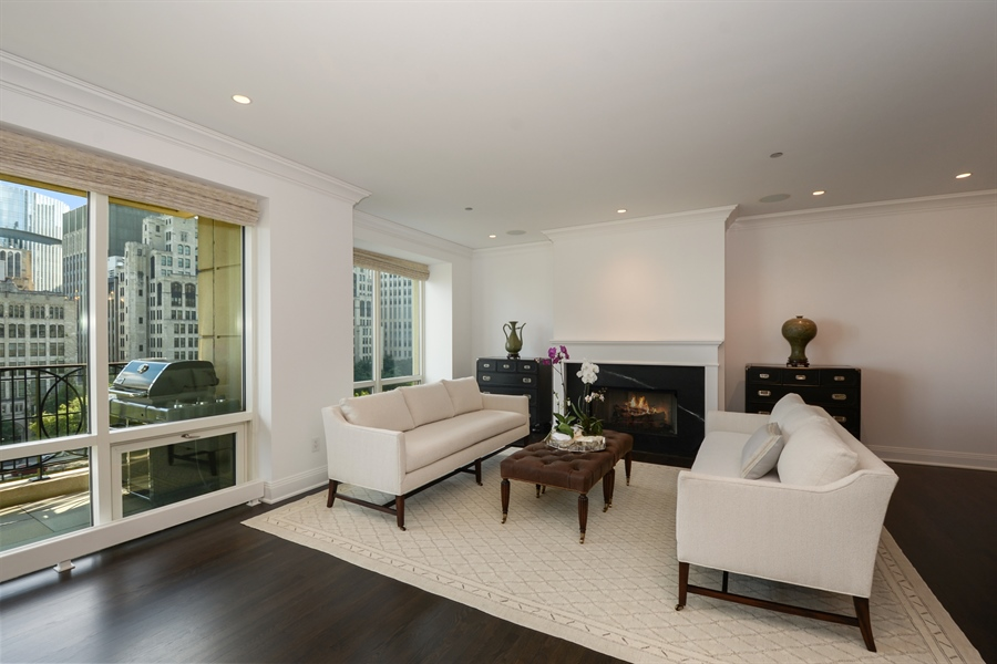 Real Estate Photography - 840 N. LAKE SHORE Drive, Unit 703, Chicago, IL, 60611 - Living Room