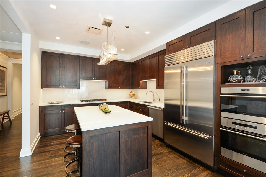 Real Estate Photography - 840 N. LAKE SHORE Drive, Unit 703, Chicago, IL, 60611 - Kitchen