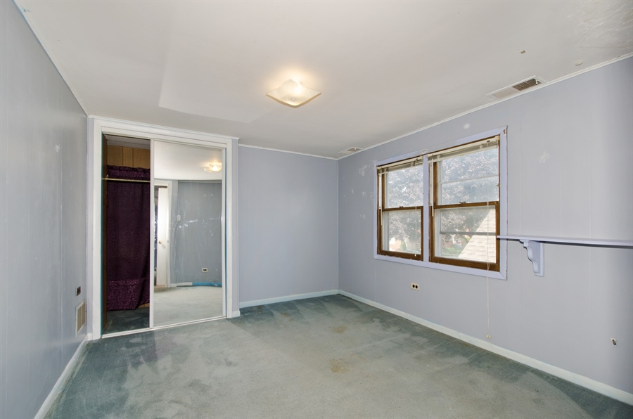 Real Estate Photography - 4715 N. Oconto Avenue, Harwood Heights, IL, 60706 - 2nd Bedroom