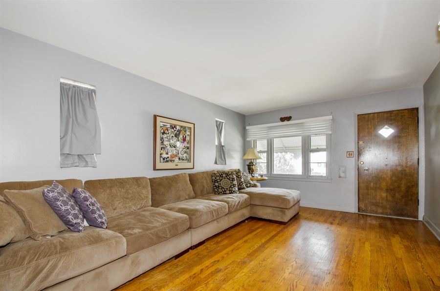 Real Estate Photography - 4715 N. Oconto Avenue, Harwood Heights, IL, 60706 - Living Room