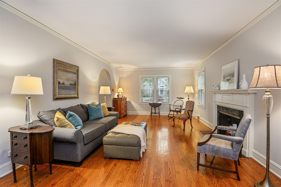 Real Estate Photography - 2715 Noyes Street, Evanston, IL, 60201 - Living Room