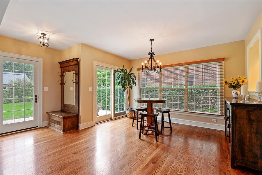 Real Estate Photography - 2715 Noyes Street, Evanston, IL, 60201 - Breakfast Area