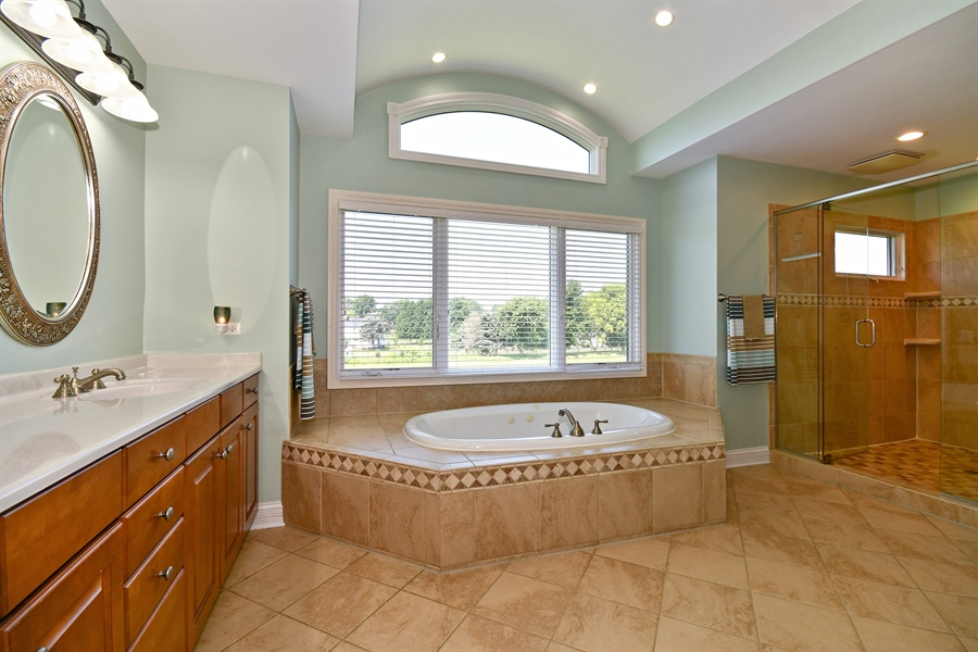 Real Estate Photography - 1N132 Blackberry Crossing Circle, Elburn, IL, 60119 - Master Bathroom