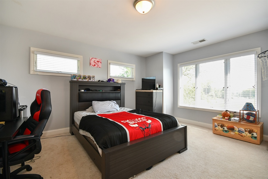 Real Estate Photography - 1N132 Blackberry Crossing Circle, Elburn, IL, 60119 - 2nd Bedroom