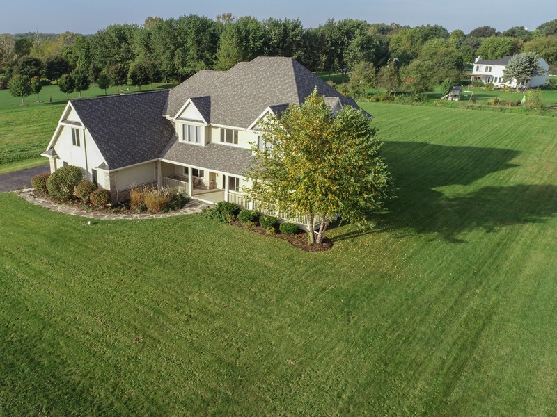 Real Estate Photography - 1N132 Blackberry Crossing Circle, Elburn, IL, 60119 -