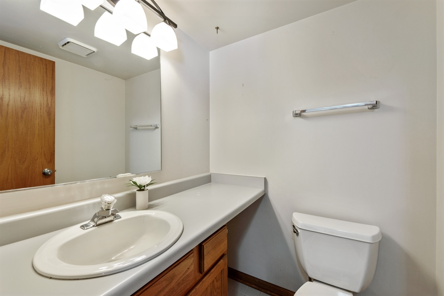 Real Estate Photography - 2916 Heatherwood Drive, Schaumburg, IL, 60194 - Powder Room