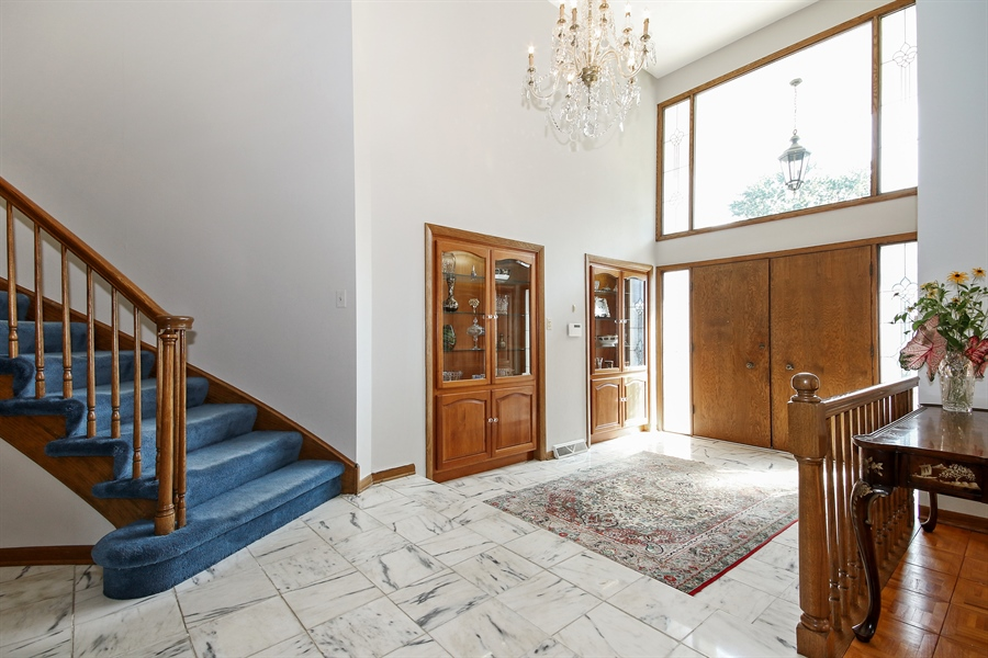 Real Estate Photography - 69 Graymoor Lane, Olympia Fields, IL, 60461 - Foyer
