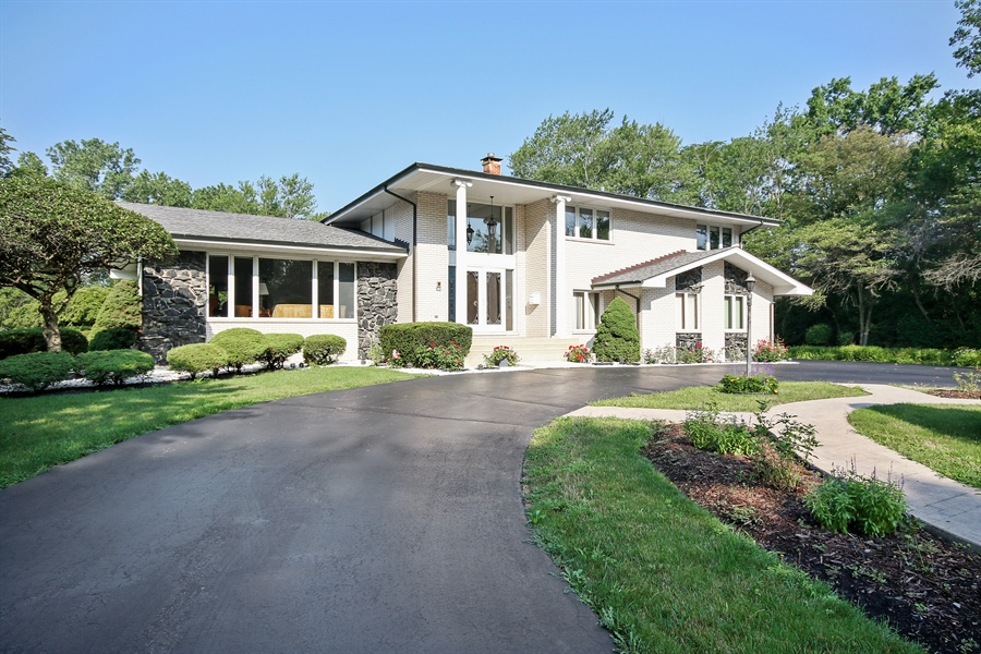Real Estate Photography - 69 Graymoor Lane, Olympia Fields, IL, 60461 - Front View