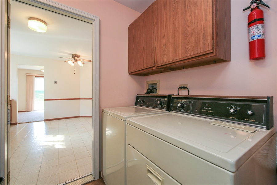 Real Estate Photography - 2489 Brunswick Circle, Unit 19B1, Woodridge, IL, 60517 - Laundry Room