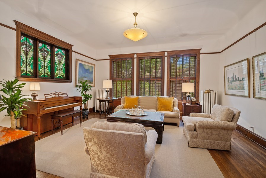 Real Estate Photography - 5344 N. Wayne Avenue, Chicago, IL, 60640 - Living Room