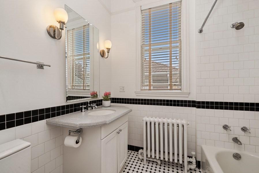 Real Estate Photography - 5344 N. Wayne Avenue, Chicago, IL, 60640 - 2nd Bathroom