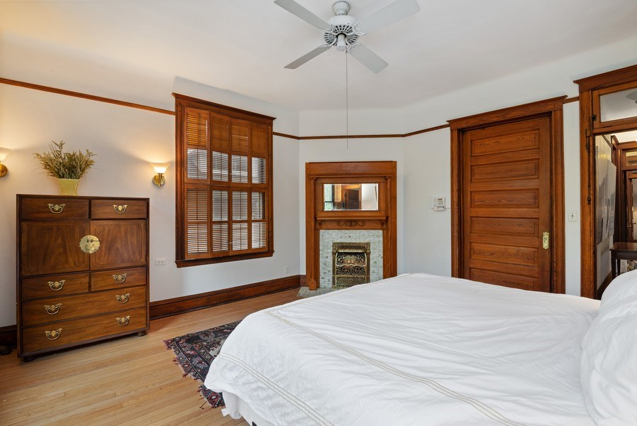 Real Estate Photography - 5344 N. Wayne Avenue, Chicago, IL, 60640 - Master Bedroom