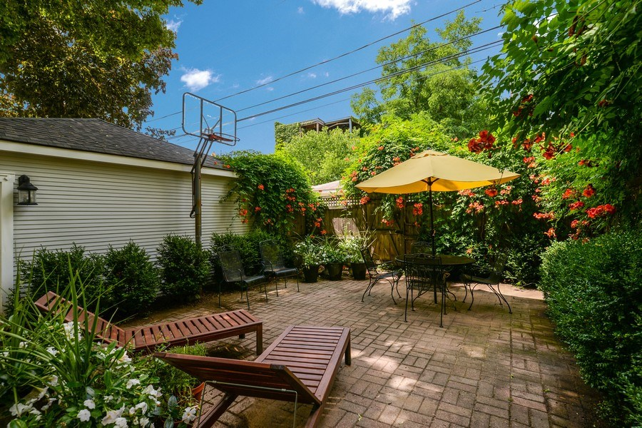 Real Estate Photography - 5344 N. Wayne Avenue, Chicago, IL, 60640 - Patio