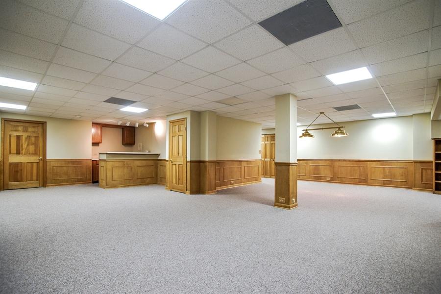 Real Estate Photography - 712 Milton Road, Inverness, IL, 60067 - Entertainment Area