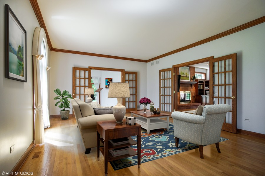 Real Estate Photography - 712 Milton Road, Inverness, IL, 60067 - Living Room