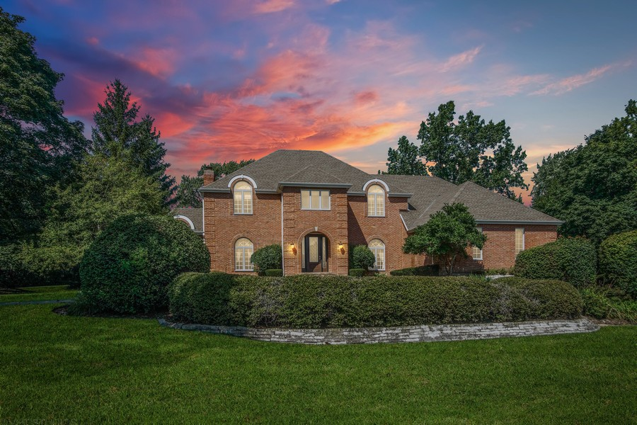 Real Estate Photography - 712 Milton Road, Inverness, IL, 60067 -