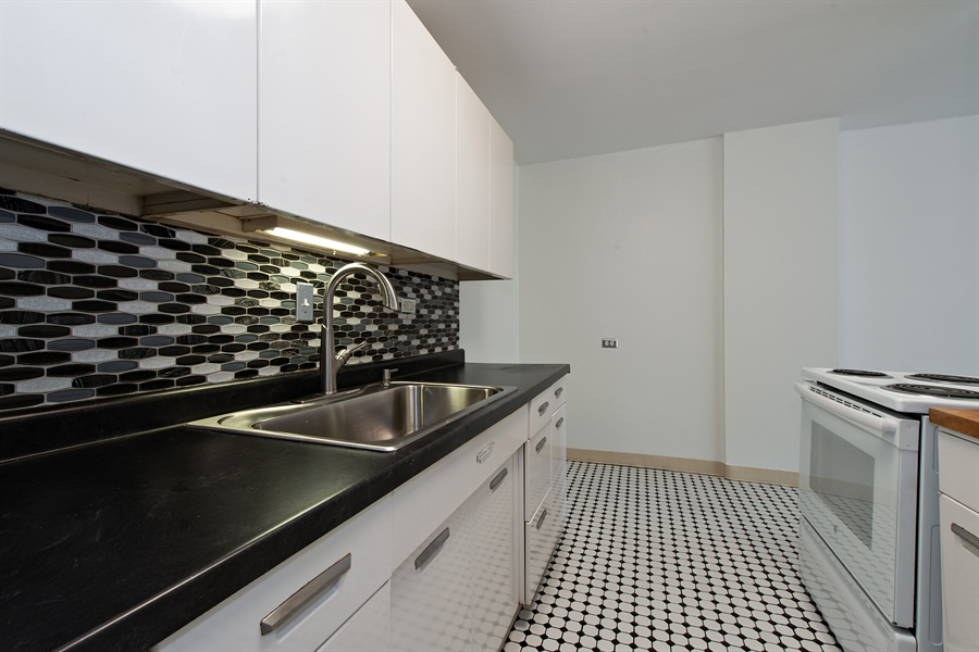Real Estate Photography - 900 N. LAKE SHORE Drive, Unit 1510, Chicago, IL, 60611 - Kitchen