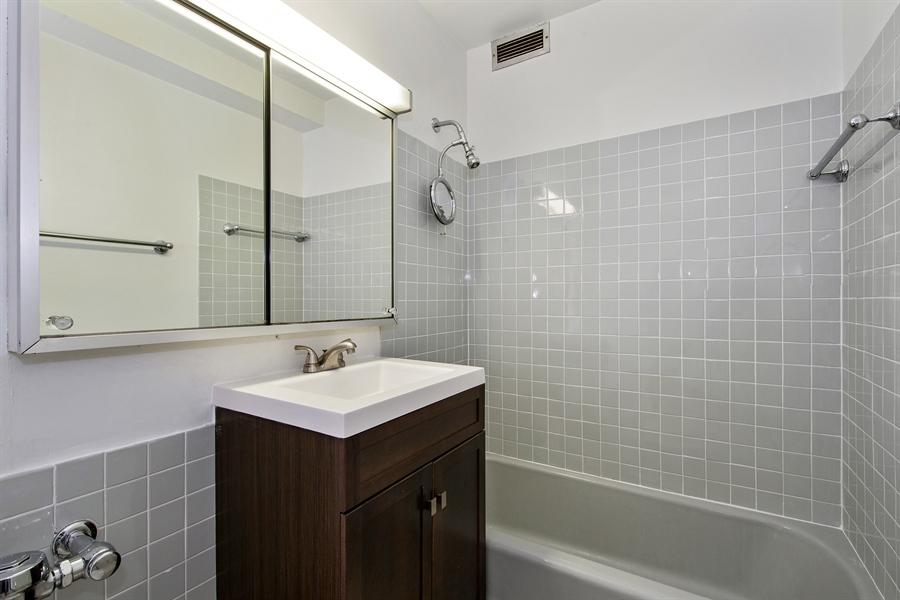 Real Estate Photography - 900 N. LAKE SHORE Drive, Unit 1510, Chicago, IL, 60611 - Bathroom