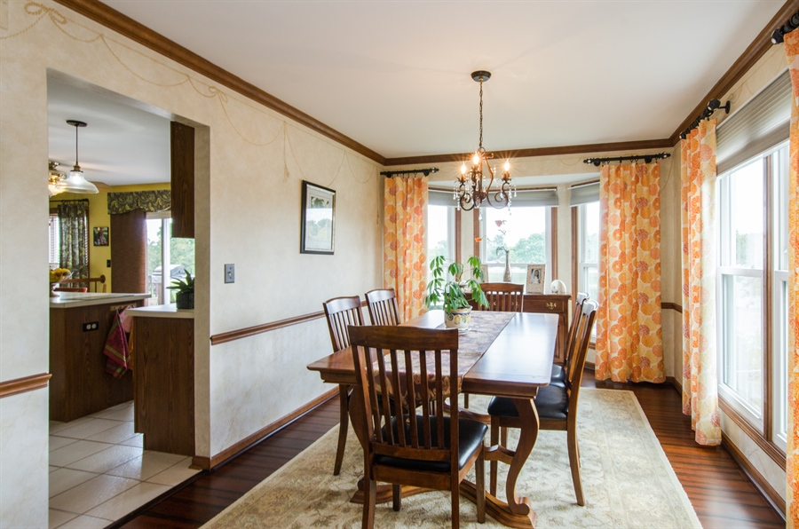 Real Estate Photography - 6 White Oak Court, Algonquin, IL, 60102 - Dining Room