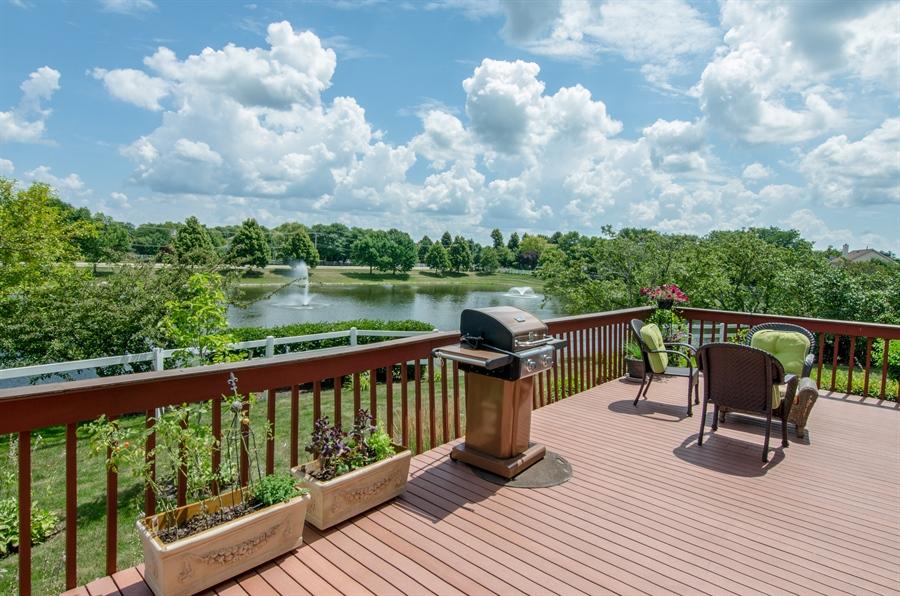 Real Estate Photography - 6 White Oak Court, Algonquin, IL, 60102 - Deck