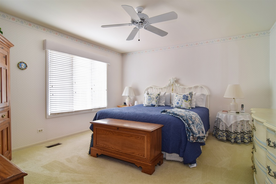 Real Estate Photography - 1449 Shire Circle, Unit 11, Inverness, IL, 60067 - Master Bedroom