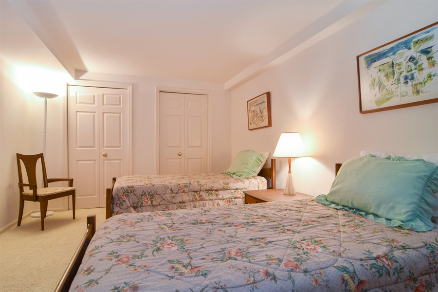 Real Estate Photography - 1449 Shire Circle, Unit 11, Inverness, IL, 60067 - 2nd Bedroom