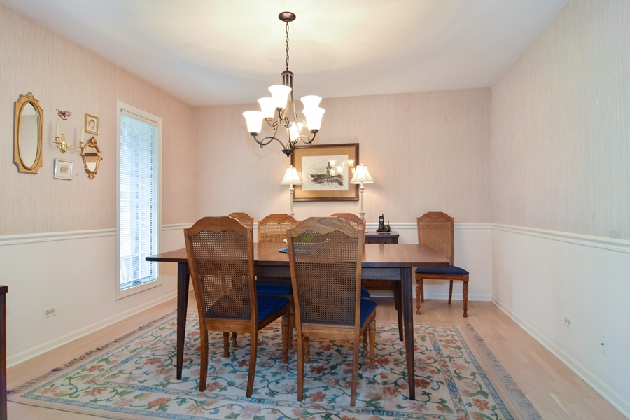Real Estate Photography - 1449 Shire Circle, Unit 11, Inverness, IL, 60067 - Dining Room