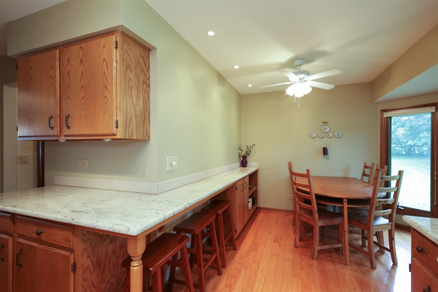 Real Estate Photography - 18N580 Spring Bluff Drive, Dundee, IL, 60118 - Kitchen
