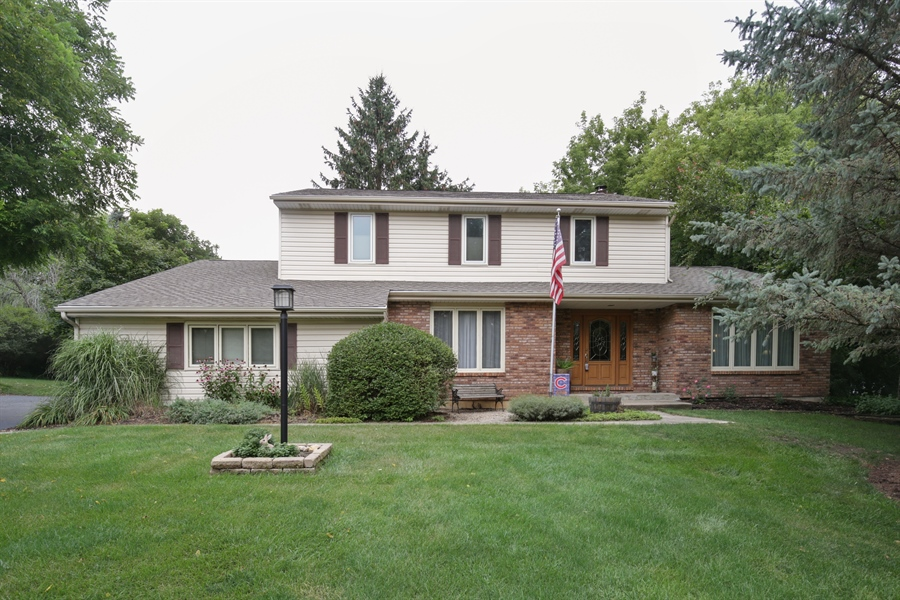 Real Estate Photography - 18N580 Spring Bluff Drive, Dundee, IL, 60118 - Front View