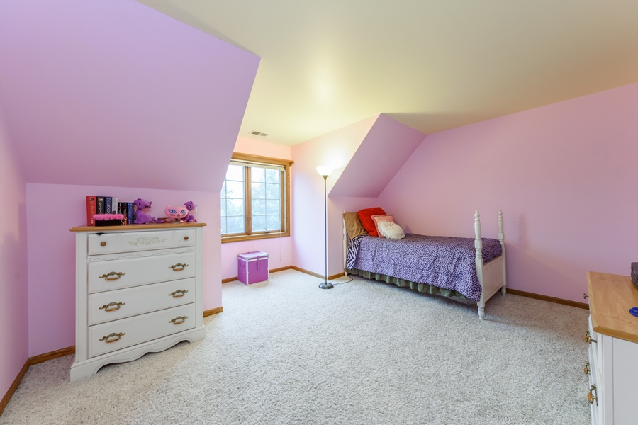 Real Estate Photography - 105 Stone Marsh Lane, Barrington, IL, 60010 - 4th Bedroom