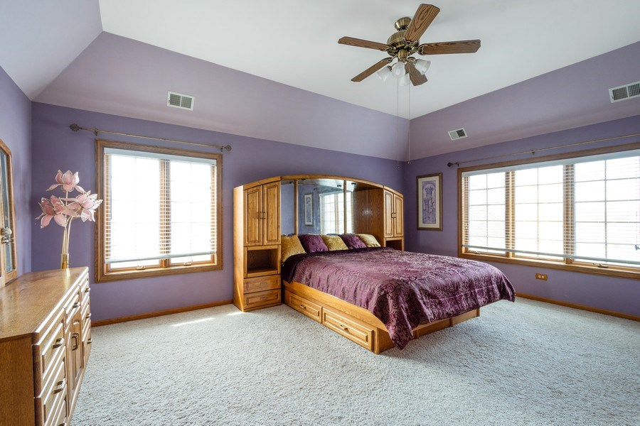 Real Estate Photography - 105 Stone Marsh Lane, Barrington, IL, 60010 - Master Bedroom