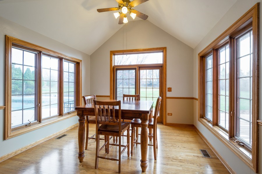 Real Estate Photography - 105 Stone Marsh Lane, Barrington, IL, 60010 - Breakfast Area