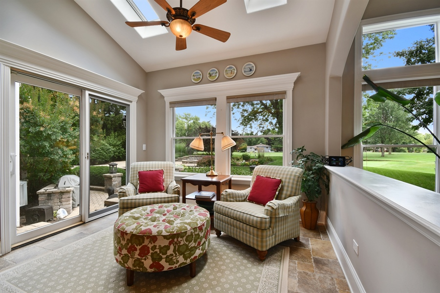 Real Estate Photography - 1404 ROYAL ST. GEORGE Drive, Naperville, IL, 60563 - Great sunroom...a perfect spot to relax