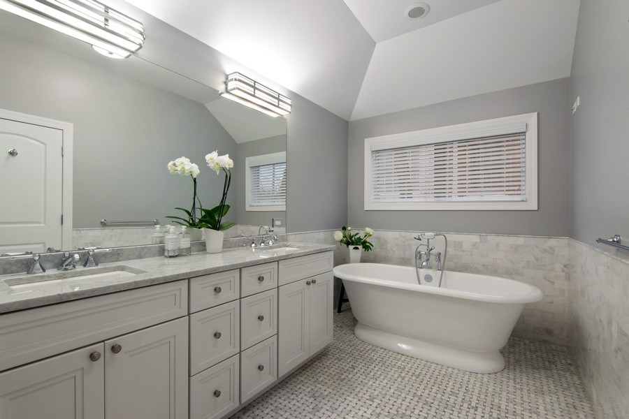 Real Estate Photography - 554 Orchard Lane, Winnetka, IL, 60093 - Master Bathroom