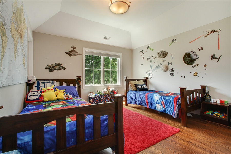 Real Estate Photography - 554 Orchard Lane, Winnetka, IL, 60093 - 2nd Bedroom