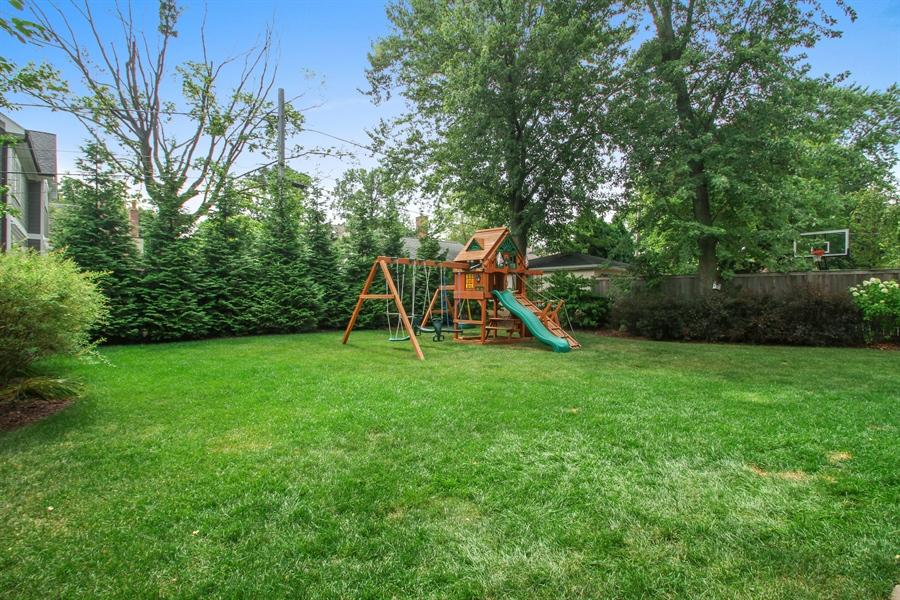Real Estate Photography - 554 Orchard Lane, Winnetka, IL, 60093 - Back Yard