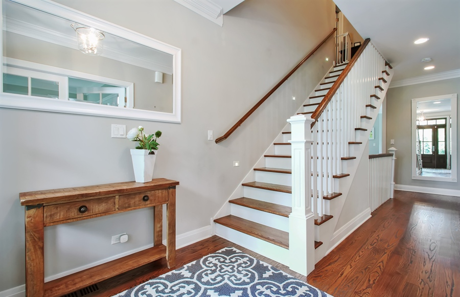 Real Estate Photography - 554 Orchard Lane, Winnetka, IL, 60093 - Foyer