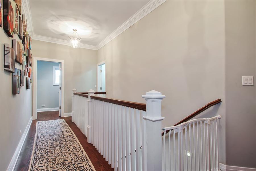 Real Estate Photography - 554 Orchard Lane, Winnetka, IL, 60093 - Hallway