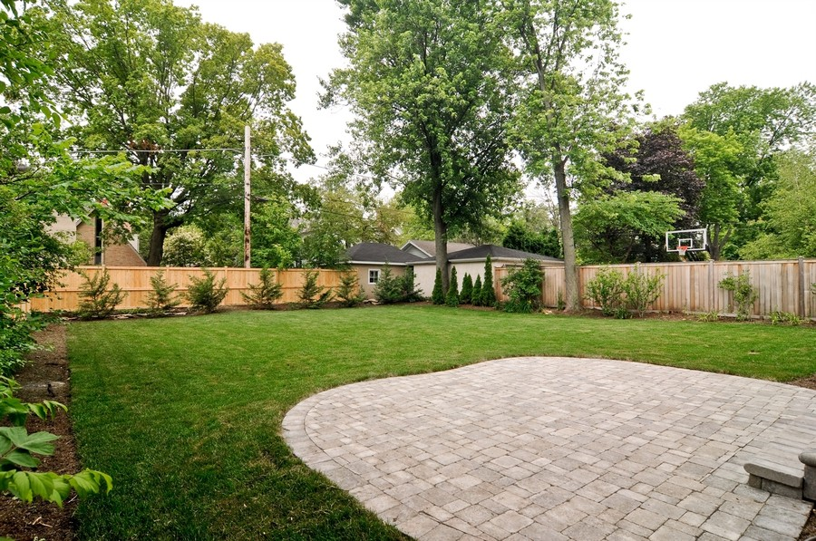Real Estate Photography - 554 Orchard Lane, Winnetka, IL, 60093 - Backyard