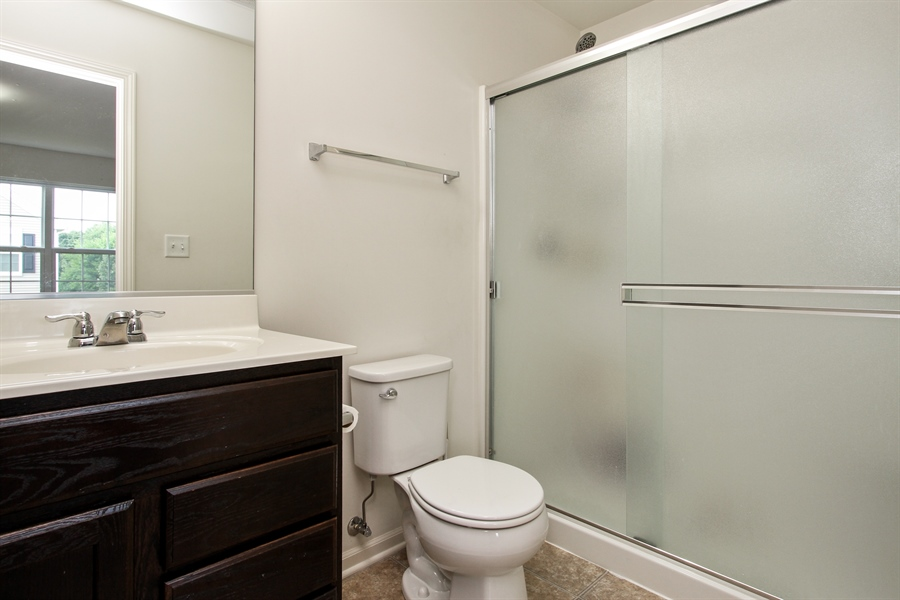 Real Estate Photography - 1098 Piccolo Lane, Volo, IL, 60073 - Master Bathroom