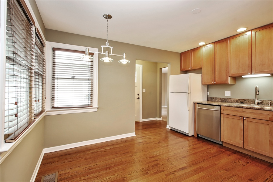 Real Estate Photography - 3506 Thrush Lane, Rolling Meadows, IL, 60008 - Kitchen