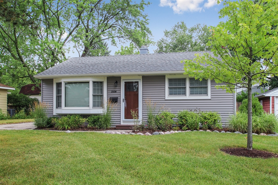 Real Estate Photography - 3506 Thrush Lane, Rolling Meadows, IL, 60008 - Front View