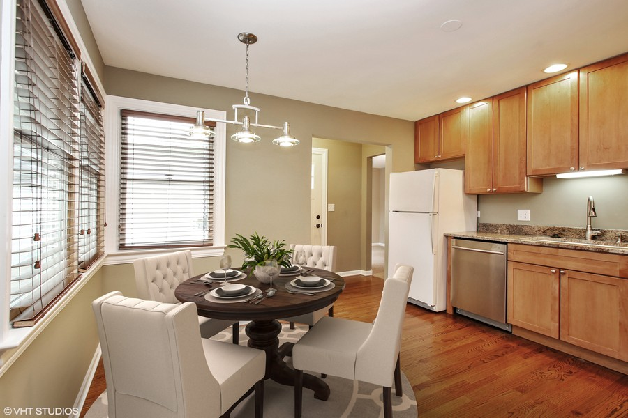 Real Estate Photography - 3506 Thrush Lane, Rolling Meadows, IL, 60008 - Kitchen Eating Area