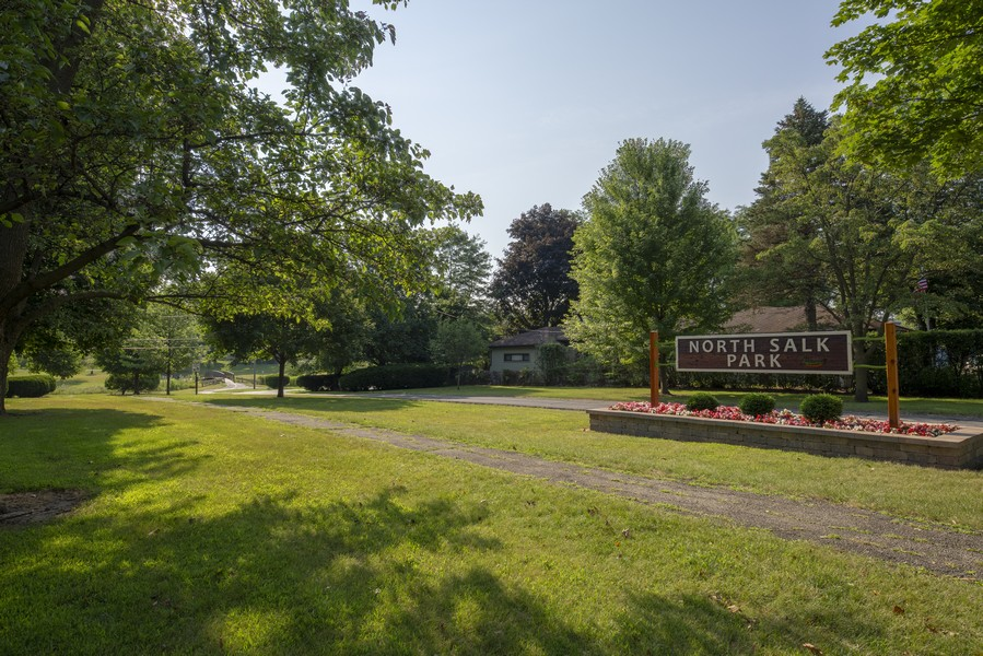 Real Estate Photography - 3506 Thrush Lane, Rolling Meadows, IL, 60008 -