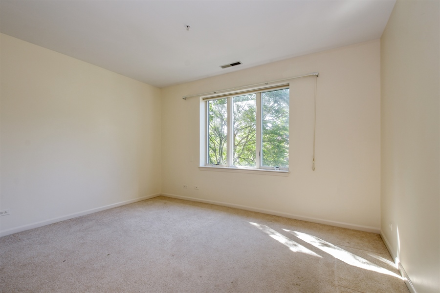 Real Estate Photography - 2601 Central St, 301, Evanston, IL, 60201 - Bedroom