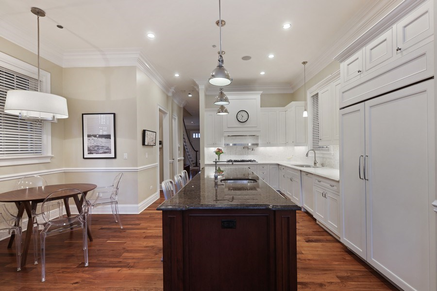 Real Estate Photography - 2030 N. Dayton Street, Chicago, IL, 60614 - Kitchen/ Breakfast Area
