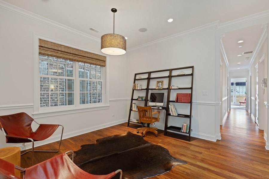 Real Estate Photography - 2030 N. Dayton Street, Chicago, IL, 60614 - Study
