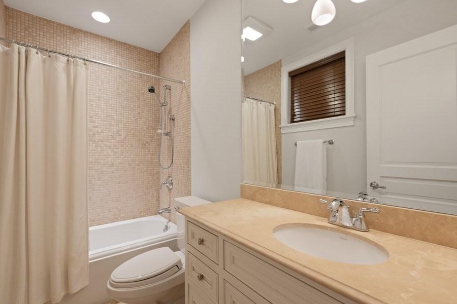 Real Estate Photography - 2030 N. Dayton Street, Chicago, IL, 60614 - Lower Level En-Suite Bathroom
